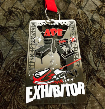 Exhibitor Metal VIP Convention Pass